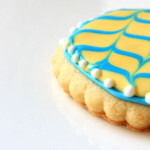 Cute Spring &amp; Easter decorated cookies for your special Easter dessert table