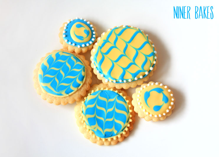 Cute Spring & Easter decorated cookies for your special Easter dessert table