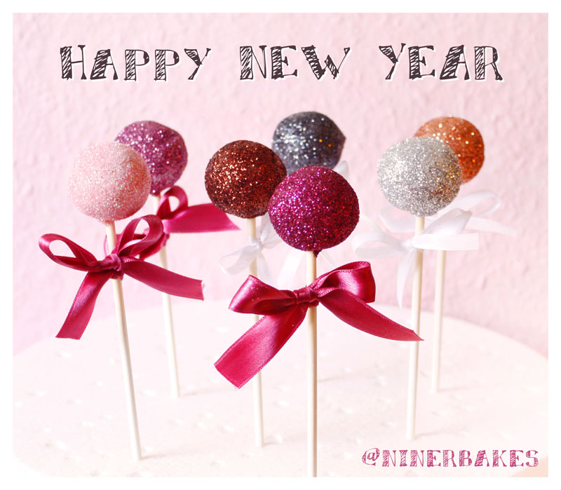 Happy New Year - glitzer cake pops by niner bakes