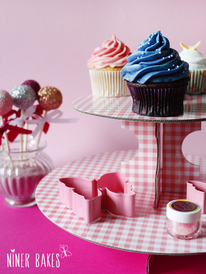 cake decorating magazine check my go to vanilla cupcake recipe niner bakes. Black Bedroom Furniture Sets. Home Design Ideas