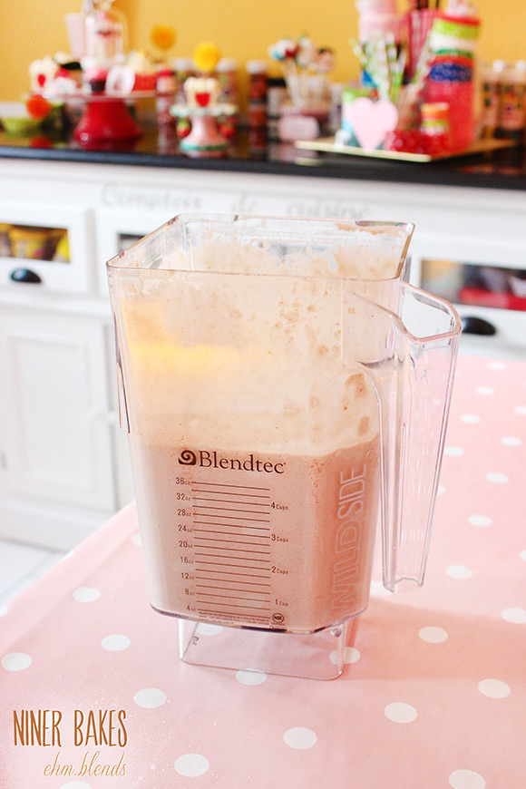 Yummy healthy Peanut Butter Smoothie recipe by niner bakes