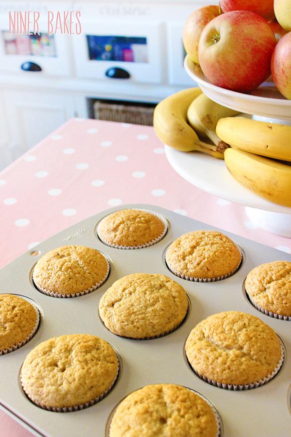 Köstlich Vegane Vanille Cupcakes + Video Anleitung von niner bakes mit Chia Samen Ei Ersatz