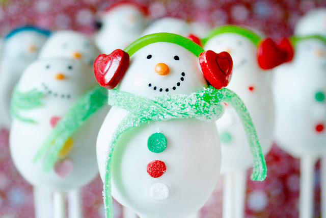 {Christmas} Snowman Cake Pops reloaded by niner bakes 2015