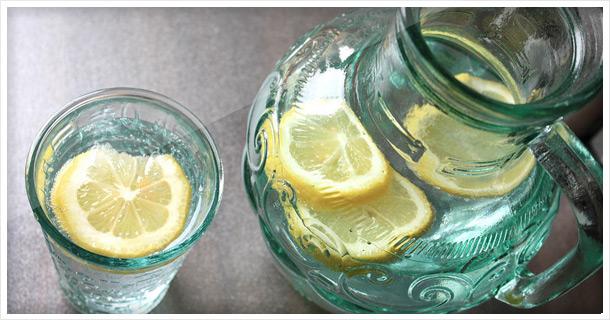 Simple & healthy summer drink: Lemon Water