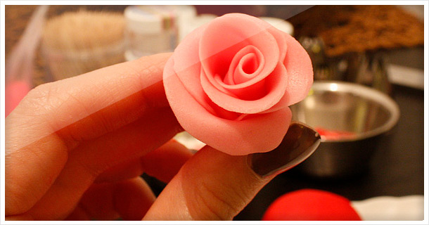 How To Make Fondant Roses for Cupcakes & Wedding/Bridal Cupcakes