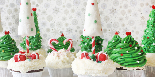 Christmas Winter Wonderland treats: Cupcakes + How to make christmas tree cupcakes