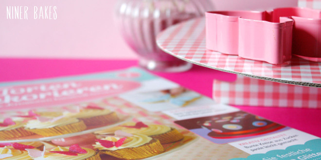 """Cake Decorating"" Magazine check + My go-to vanilla cupcake recipe!"
